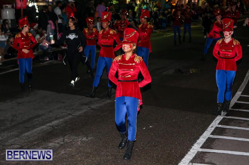 MarketPlace-Santa-Parade-Bermuda-November-29-2015-93