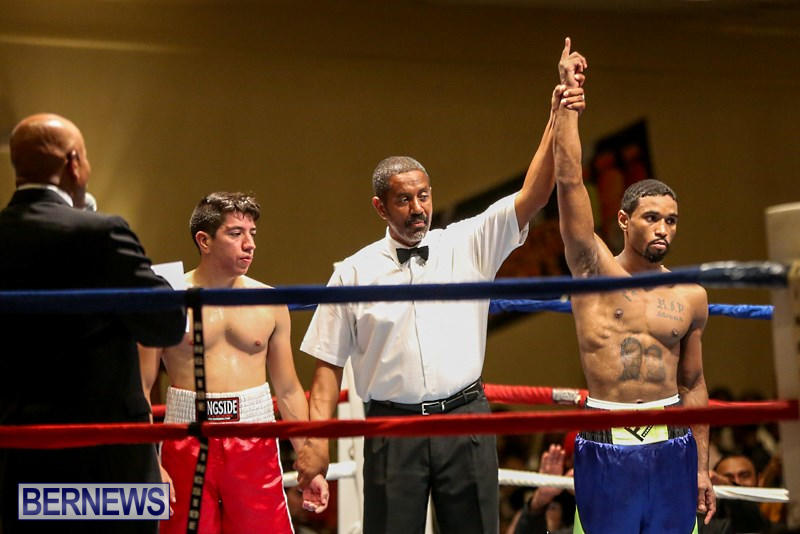 Nikki-Bascome-vs-Pilo-Reyes-Boxing-Match-Bermuda-November-8-2015-47