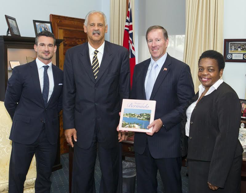 Premier welcomes stedman graham Bermuda Nov 23 2015 (4)