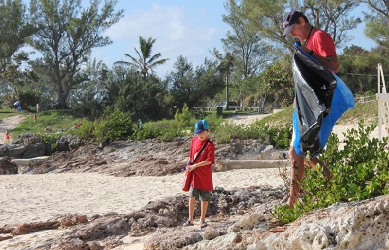 Saltus-Cleanup-Nov-2015-Bermuda-9