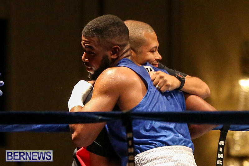 Zain Philpott vs Shomari Warner Boxing Match Bermuda, November 7 2015 (19)