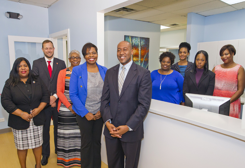 6535_HA_JR_MINISTER_FRESH_BREATH_DENTAL_OPENING_VSR_023 Bermuda Dec 4 2015