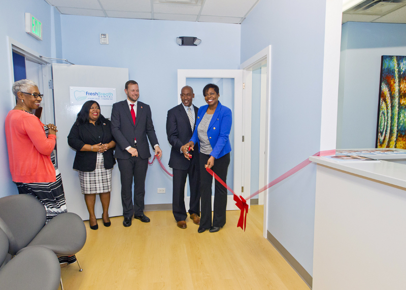 6535_HA_JR_MINISTER_FRESH_BREATH_DENTAL_OPENING_VSR_031 Bermuda Dec 4 2015