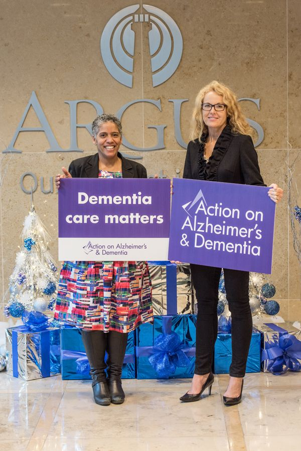 Argus donates to AAD Bermuda Dec 15 2015