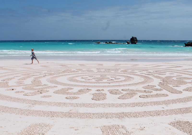 Bermuda Beach Art Dec 27 2015 (1)