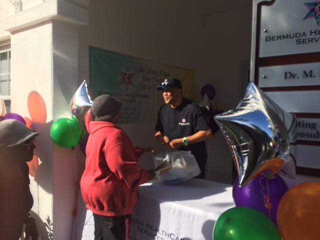 Bermuda-HealthCare-Services-Turkey-Give-Away-Dec-20-2015-13