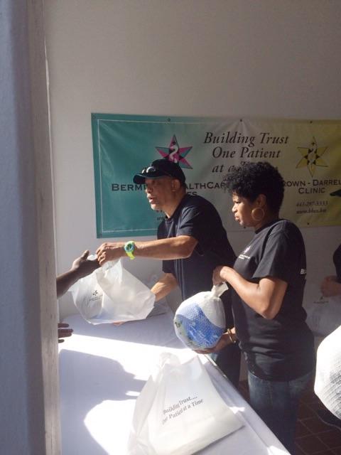 Bermuda-HealthCare-Services-Turkey-Give-Away-Dec-20-2015-4