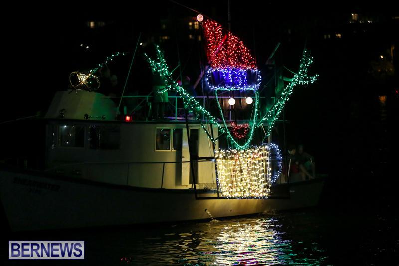 Christmas-Boat-Parade-Bermuda-December-12-2015-22
