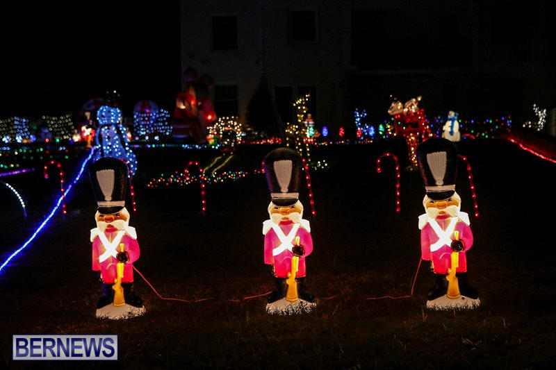 Christmas-Lights-Decorations-Bermuda-December-22-2015-1