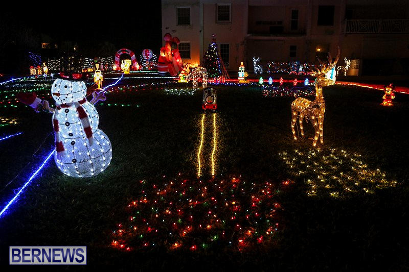 Christmas-Lights-Decorations-Bermuda-December-22-2015-10