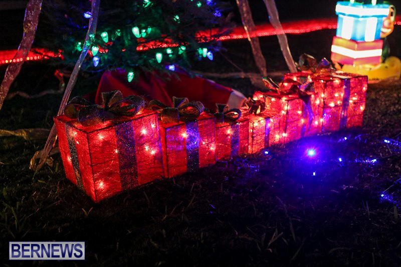 Christmas-Lights-Decorations-Bermuda-December-22-2015-20