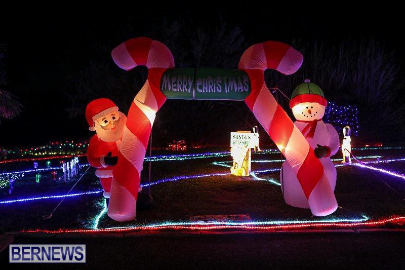 Christmas-Lights-Decorations-Bermuda-December-22-2015-23