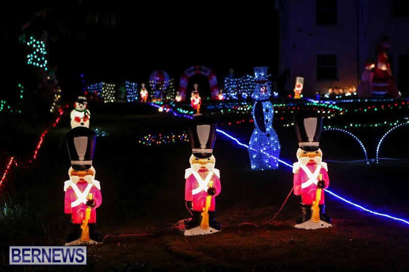 Christmas-Lights-Decorations-Bermuda-December-22-2015-3