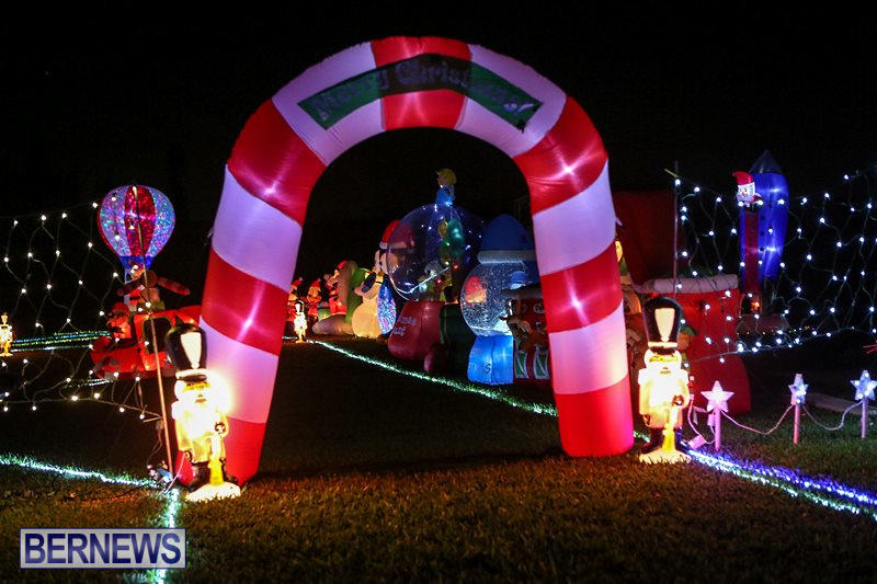 Christmas-Lights-Decorations-Bermuda-December-22-2015-36