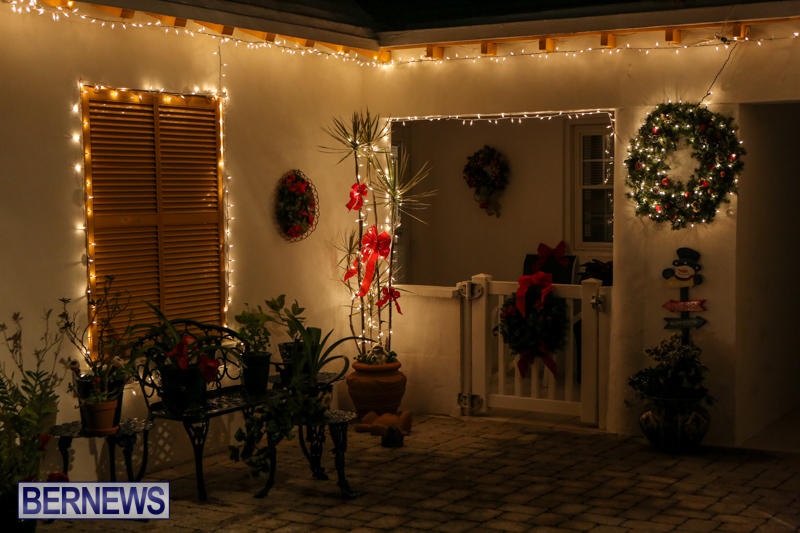 Christmas-Lights-Decorations-Bermuda-December-23-2015-171