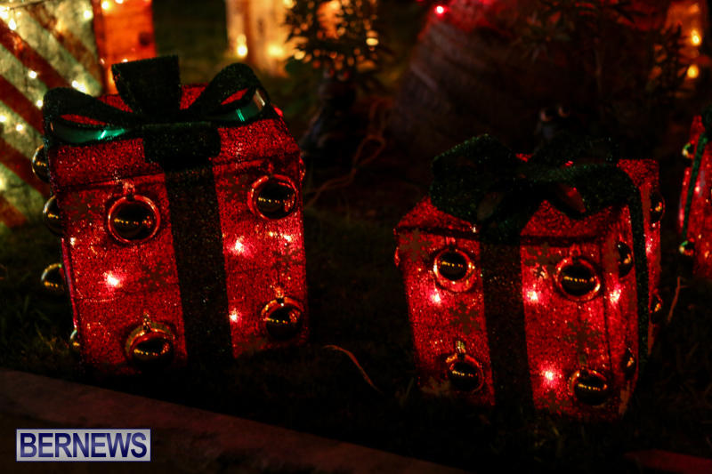 Christmas-Lights-Decorations-Bermuda-December-23-2015-190