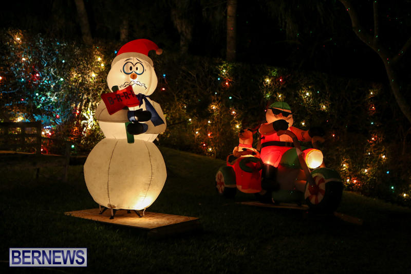 Christmas-Lights-Decorations-Bermuda-December-23-2015-236