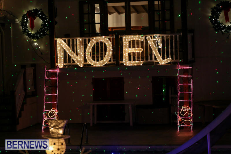 Christmas-Lights-Decorations-Bermuda-December-23-2015-72