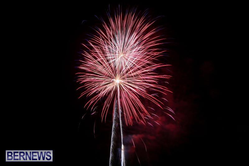 Fireworks-At-Boat-Parade-Bermuda-December-12-2015-1