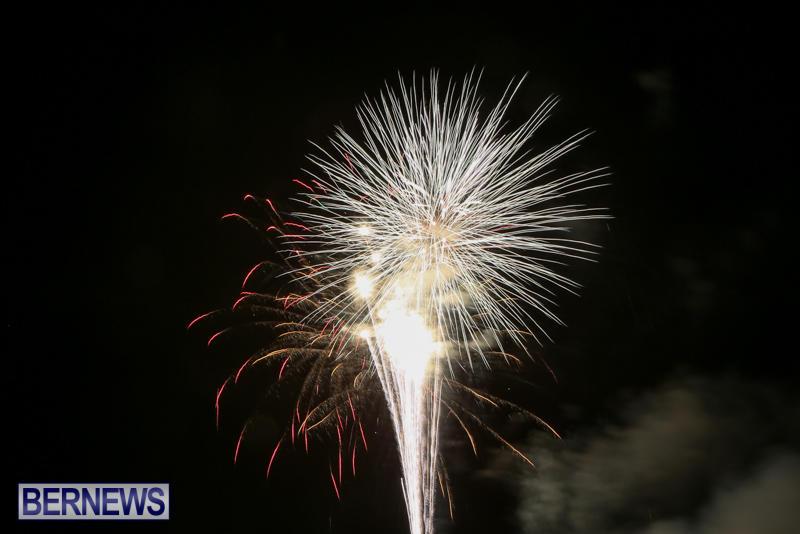 Fireworks-At-Boat-Parade-Bermuda-December-12-2015-10