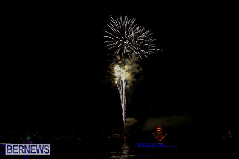 Fireworks-At-Boat-Parade-Bermuda-December-12-2015-11