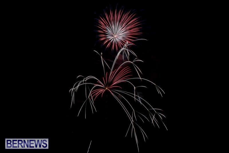 Fireworks-At-Boat-Parade-Bermuda-December-12-2015-3