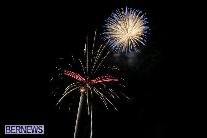 Fireworks-At-Christmas-Boat-Parade-Bermuda-December-12-2015-10