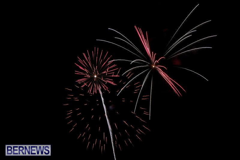 Fireworks-At-Christmas-Boat-Parade-Bermuda-December-12-2015-12