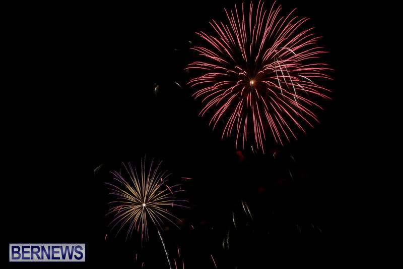 Fireworks-At-Christmas-Boat-Parade-Bermuda-December-12-2015-14