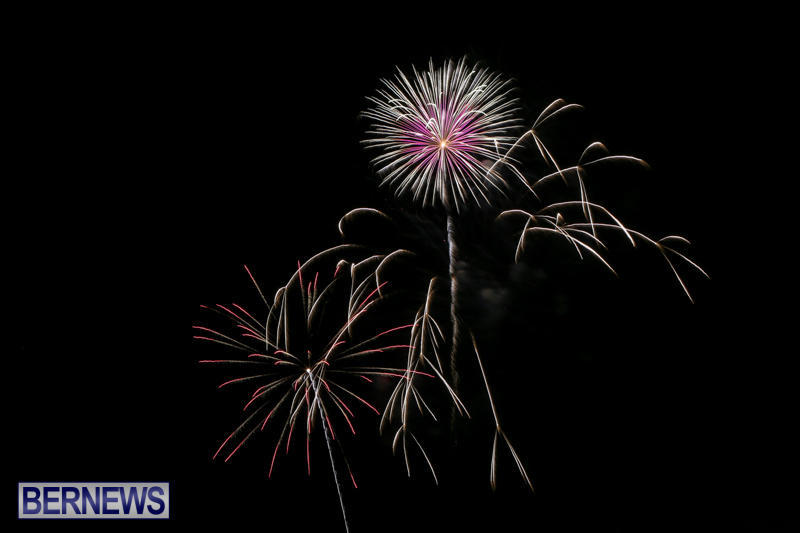 Fireworks-At-Christmas-Boat-Parade-Bermuda-December-12-2015-17