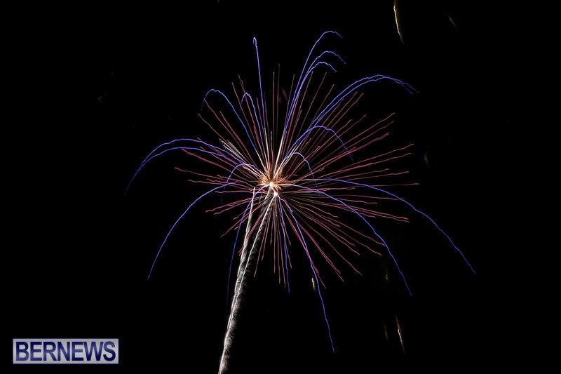 Fireworks-At-Christmas-Boat-Parade-Bermuda-December-12-2015-2