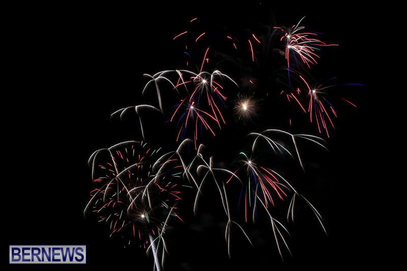 Fireworks-At-Christmas-Boat-Parade-Bermuda-December-12-2015-20