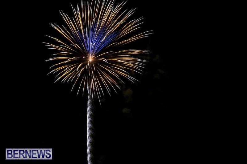 Fireworks-At-Christmas-Boat-Parade-Bermuda-December-12-2015-21
