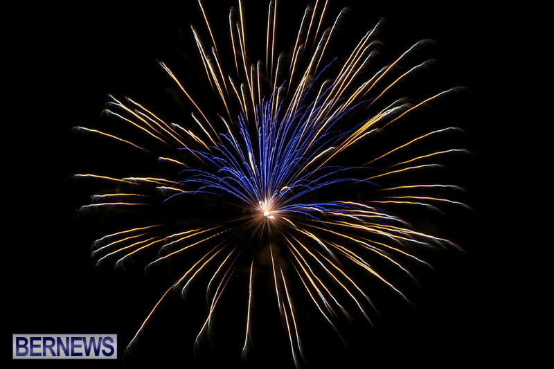Fireworks-At-Christmas-Boat-Parade-Bermuda-December-12-2015-24