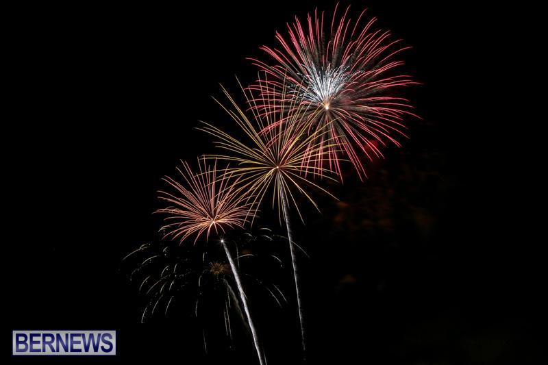 Fireworks-At-Christmas-Boat-Parade-Bermuda-December-12-2015-38