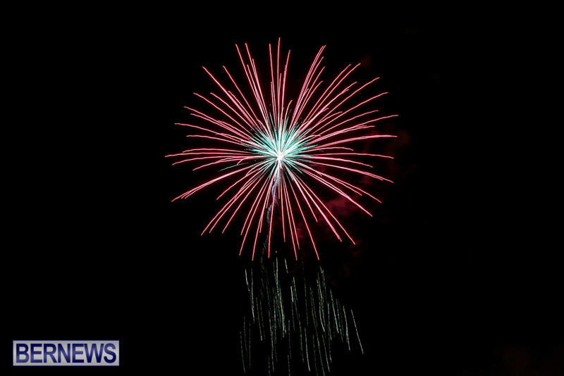 Fireworks-At-Christmas-Boat-Parade-Bermuda-December-12-2015-4