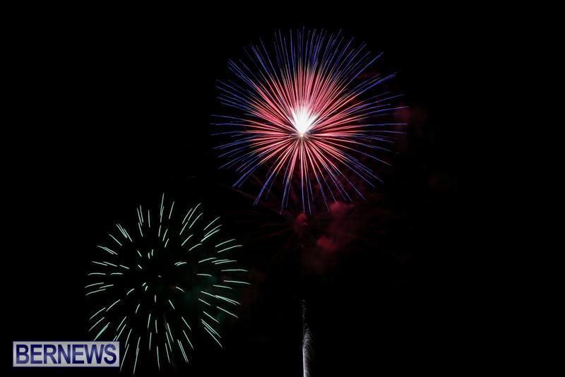 Fireworks-At-Christmas-Boat-Parade-Bermuda-December-12-2015-42