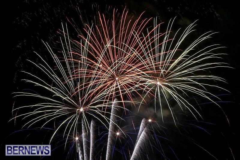 Fireworks-At-Christmas-Boat-Parade-Bermuda-December-12-2015-45