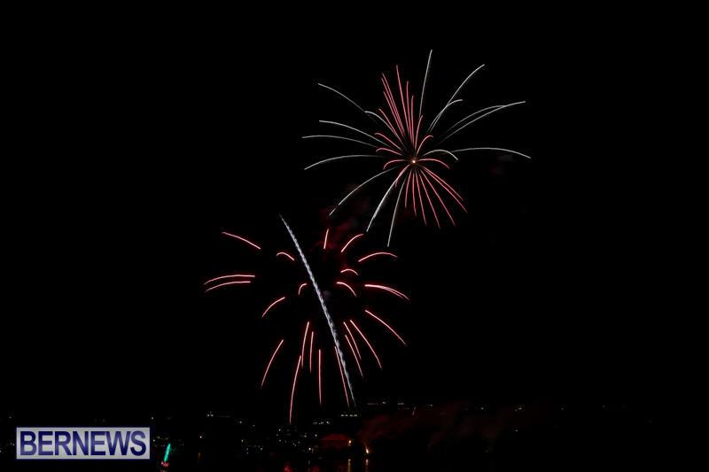 Fireworks-At-Christmas-Boat-Parade-Bermuda-December-12-2015-7