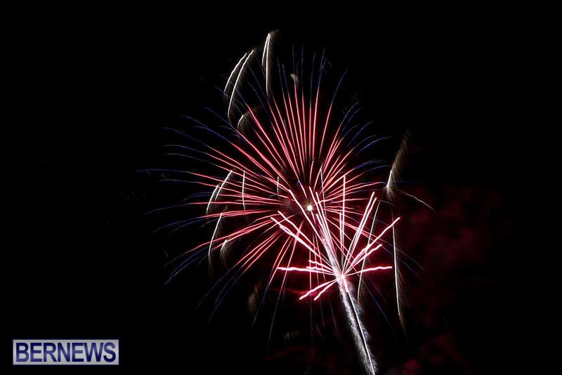Fireworks-At-Christmas-Boat-Parade-Bermuda-December-12-2015-8
