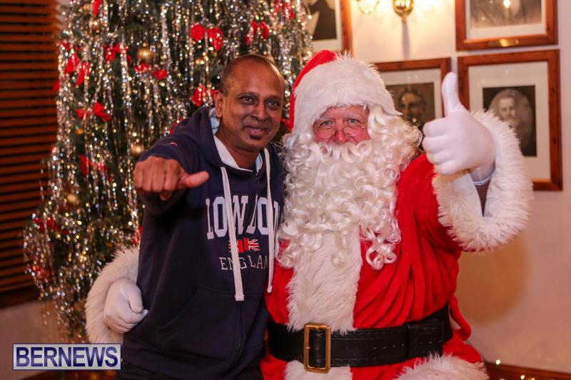 Santa-Claus-In-St-Georges-Bermuda-December-5-2015-50