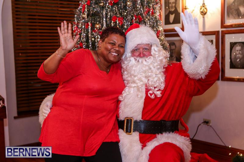 Santa-Claus-In-St-Georges-Bermuda-December-5-2015-52