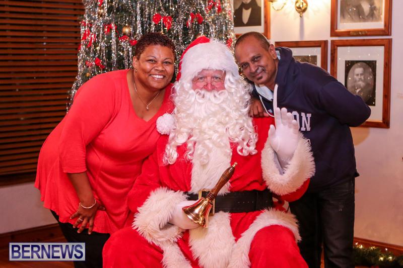 Santa-Claus-In-St-Georges-Bermuda-December-5-2015-57