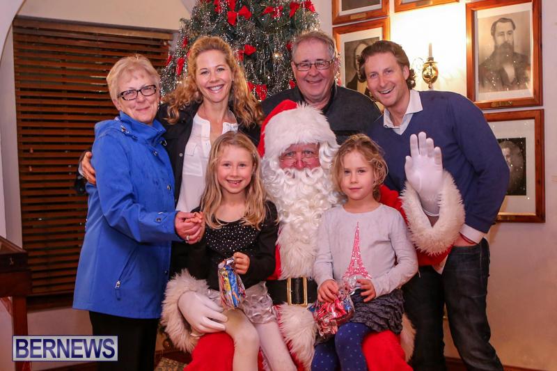 Santa-Claus-In-St-Georges-Bermuda-December-5-2015-61