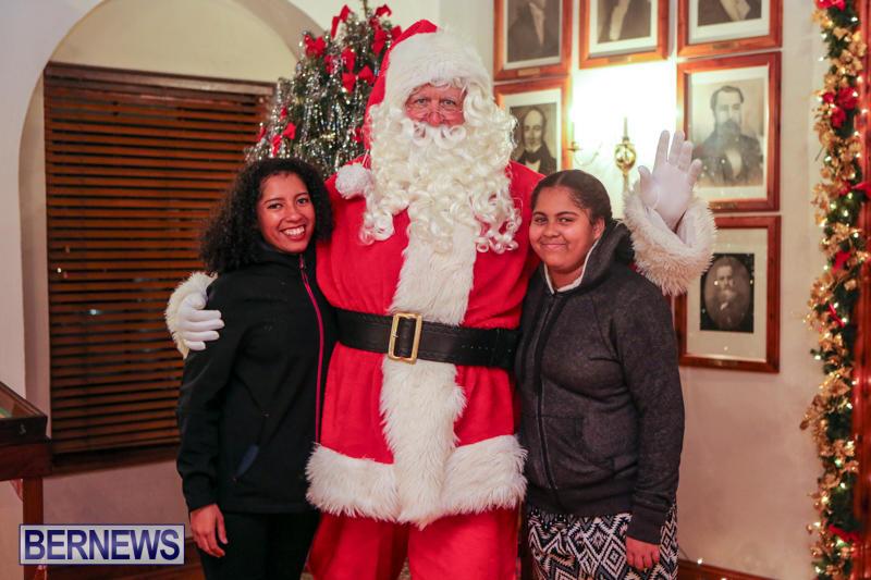 Santa-Claus-In-St-Georges-Bermuda-December-5-2015-65