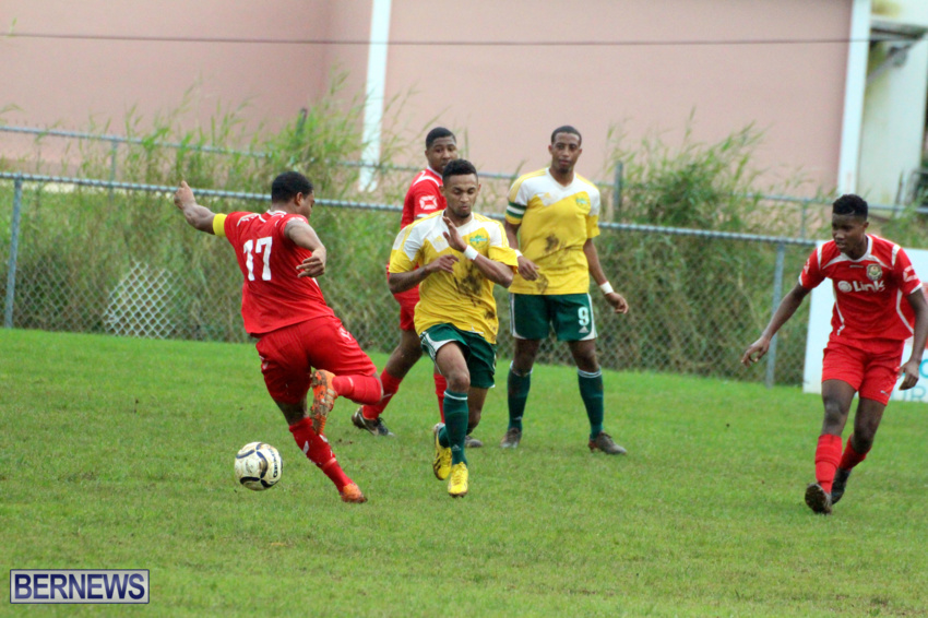 bermuda-football-dec-201514