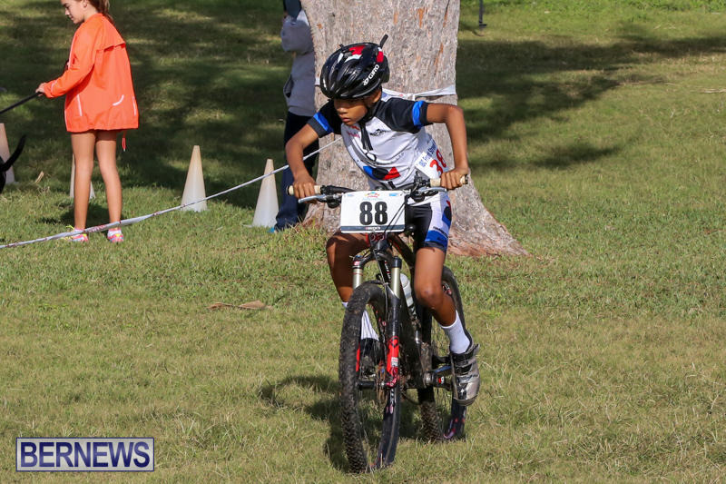 Cyclocross-Racing-Bermuda-January-10-2016-1