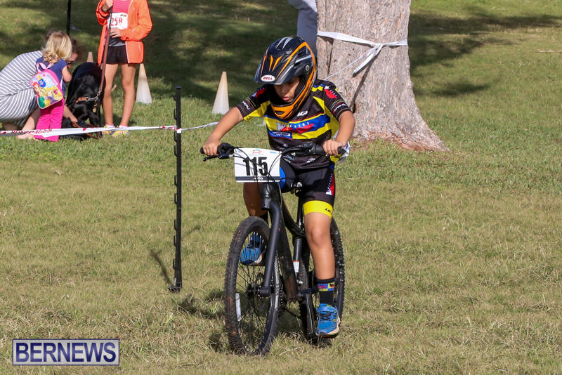 Cyclocross-Racing-Bermuda-January-10-2016-4
