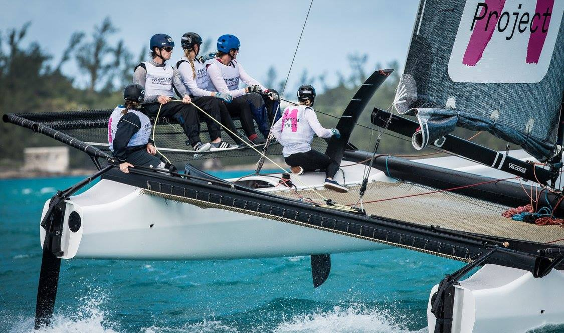 Jan-2016-M32-Sailing-Bermuda-Photo-by-Brian-Carlin-12