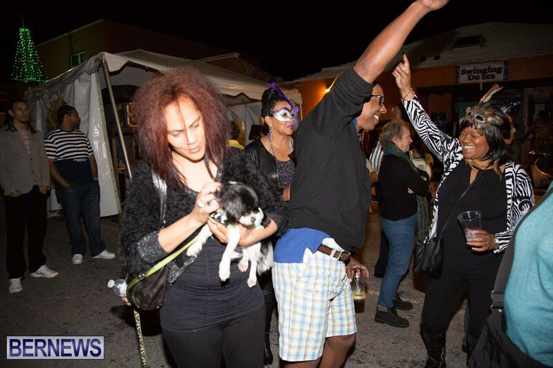 New-years-Court-Street-Bermuda-Jan-1-2016-82